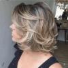 Модерни къси прически за гъста коса за жени над 40 години, които подмладяват