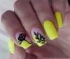 жълт неон тъпи нокти.jpg