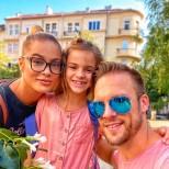 Ваня и Женя Джаферович с дъщеря им