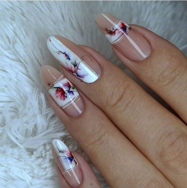 нежен есенен маникюр дълги нокти