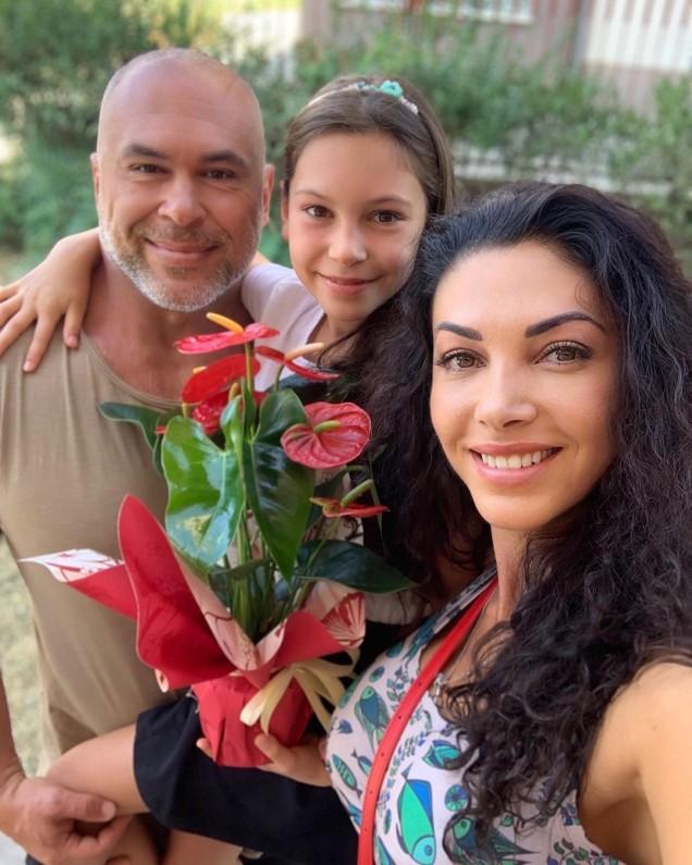 Биляна Йотовска с дъщеря си