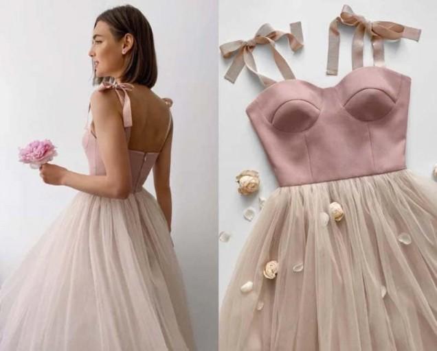 тюлена рокля с корсет