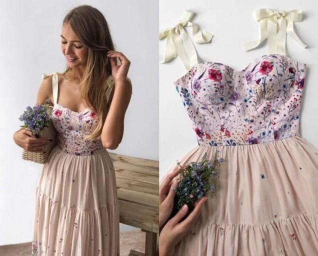 романтична рокля с корсет