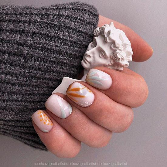 есенен маникюр къси нокти