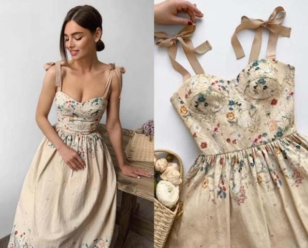 рокля с корсет на цветя