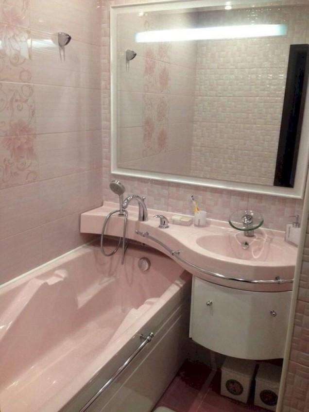 малка баня с вана