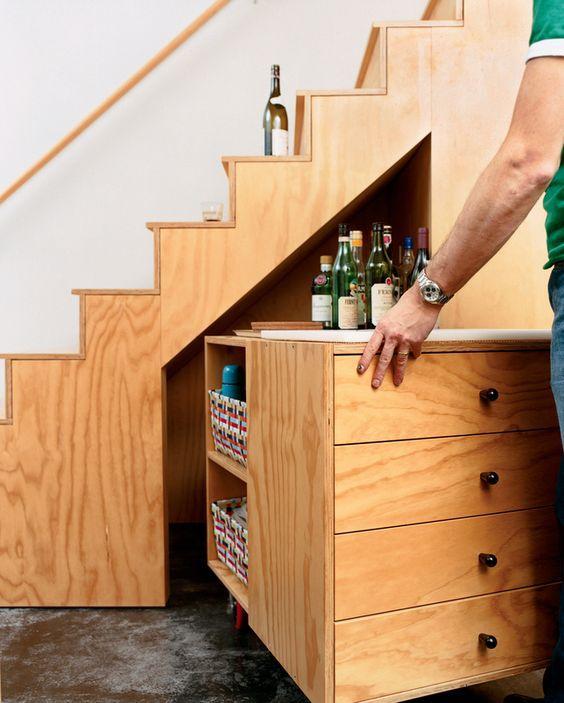 идеи съхранение под стълбите