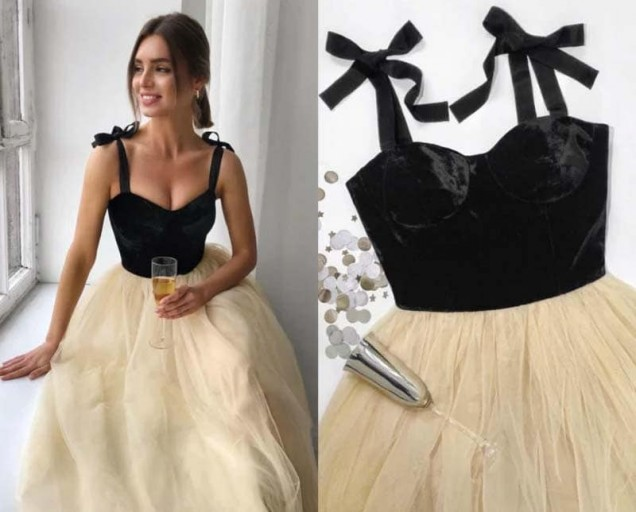рокля с кадифен корсет