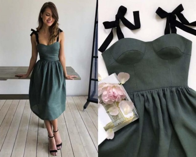 рокля с корсет тъмен цвят