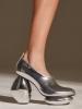 обувки металик