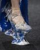 потресаващи обувки