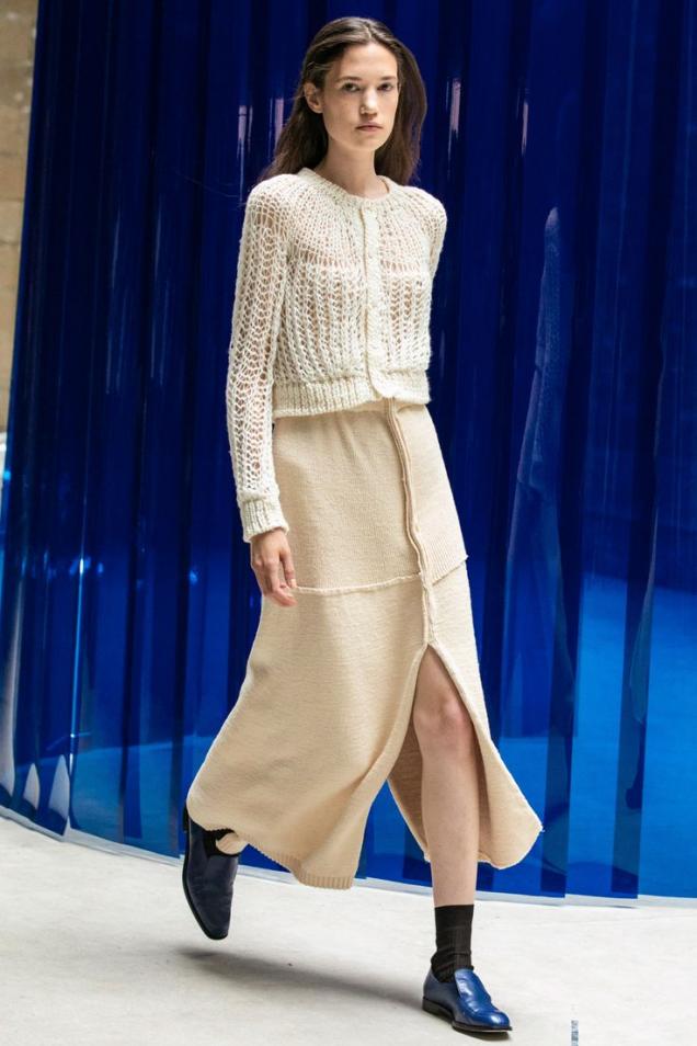 зимна плетена пола