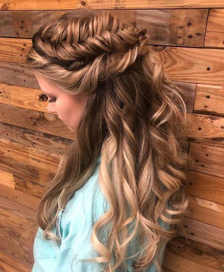 Прически за финна коса