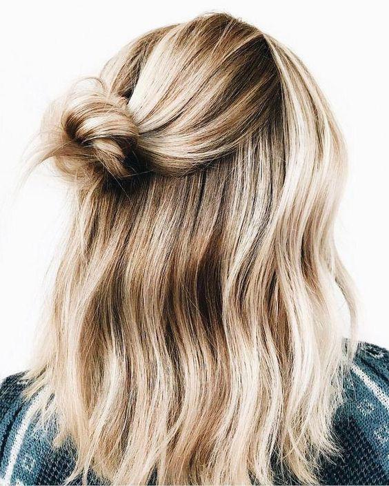 кокче с пусната коса