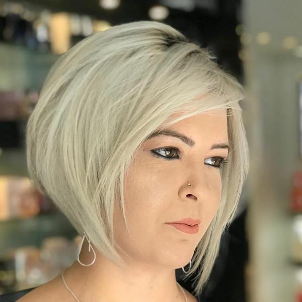 подмладяващ бретон над 50 години
