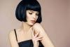 Най-ефектната прическа от модните подиуми, която застава, както я срешеш - невероятно красивии изпълнения (Снимки):