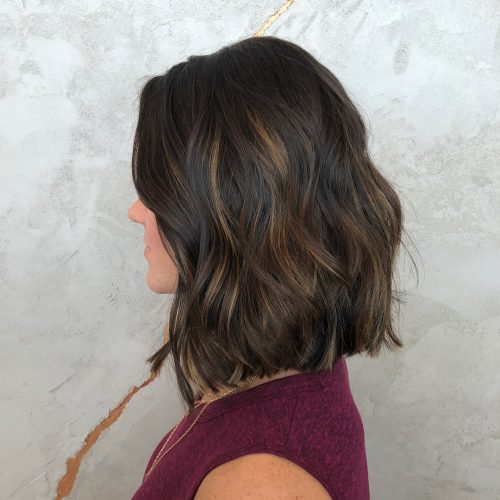 Елегантна прическа за средно дълга коса
