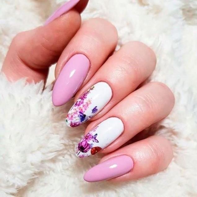 розови нокти.jpg