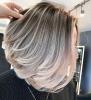 Прическа на етажи за чуплива коса