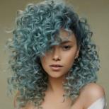 зелена къдрава коса.jpg