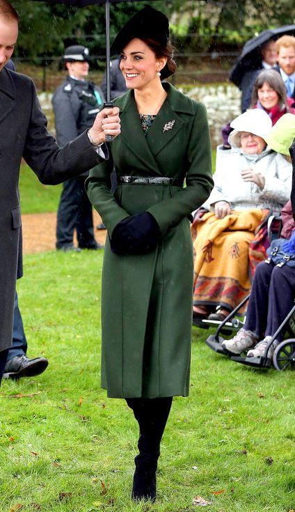 Кейт Мидълтън зелено палто