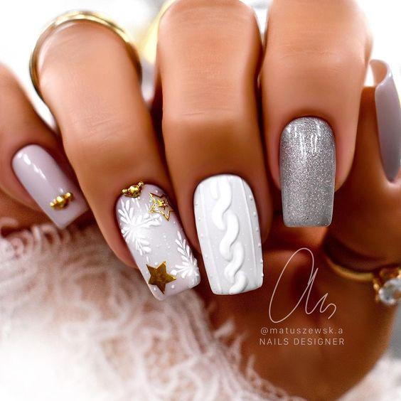 квадратни плетени нокти
