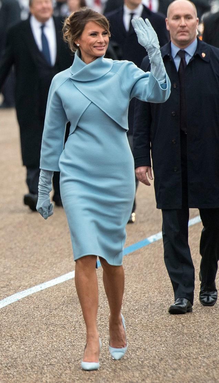 Мелания Тръмп зимна рокля