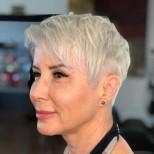Модерен цвят на косата 2021