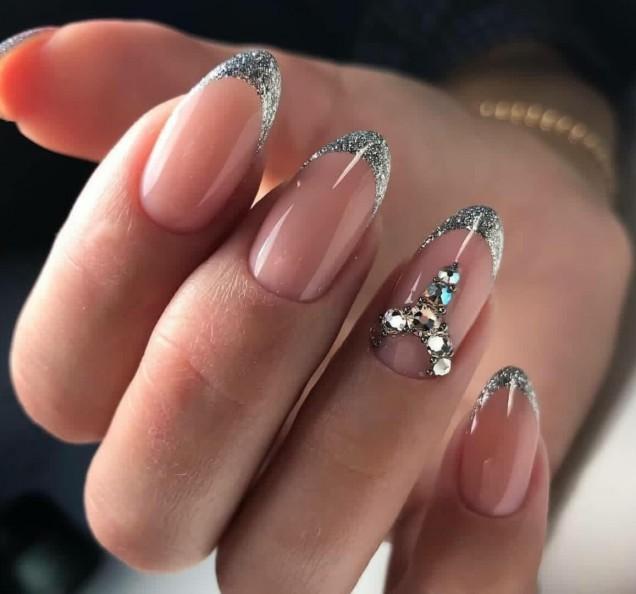 сребърен зимен френч кристали