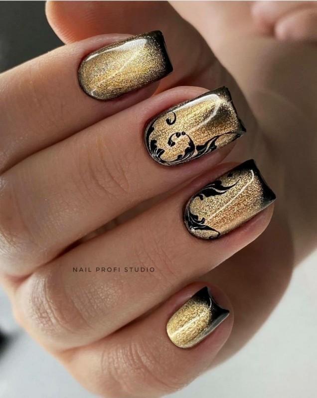 златни къси нокти