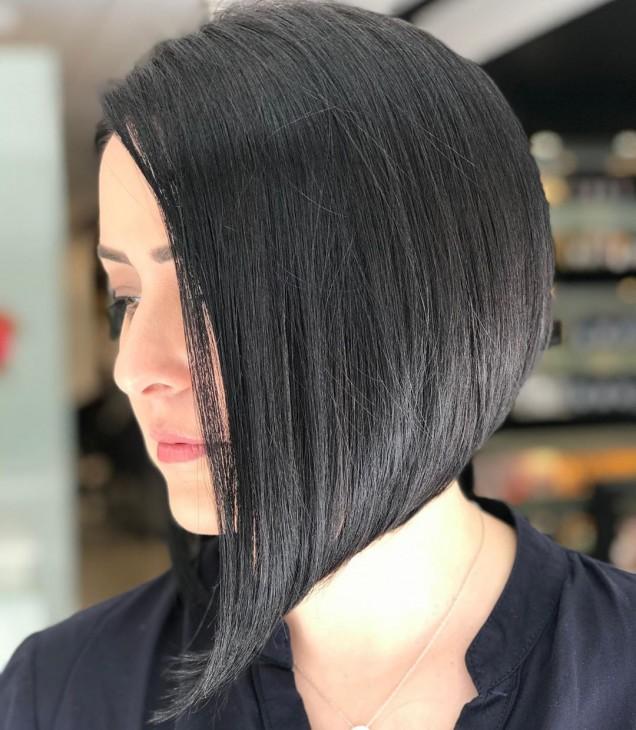 Асиметрични прически за дълга коса