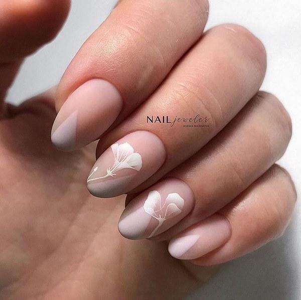 маникюр на овални нокти