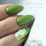 свеж зелен маникюр