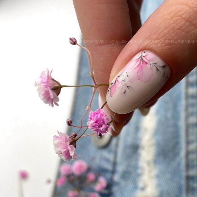 нежен маникюр пролет