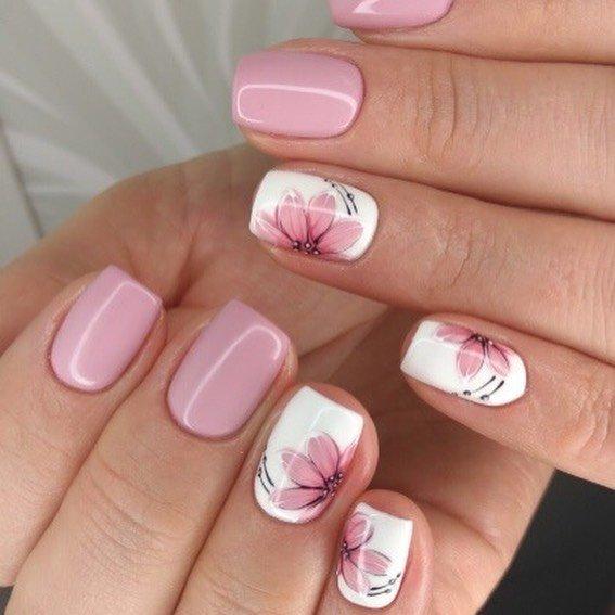 розови къси нокти