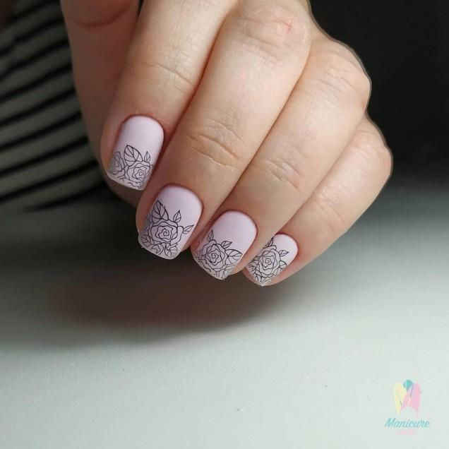 къси нокти розови