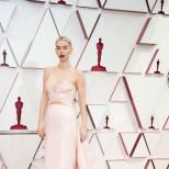 Ванеса Кърби рокля Оскари