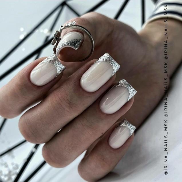 елегантен сребърен френч