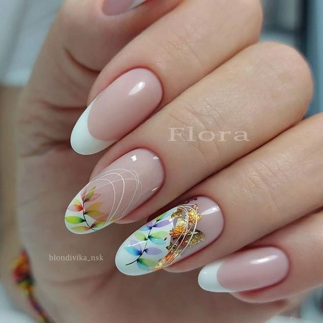 модерен маникюр бадемови нокти