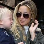 Кейт Хъдсън с малкия Бингам
