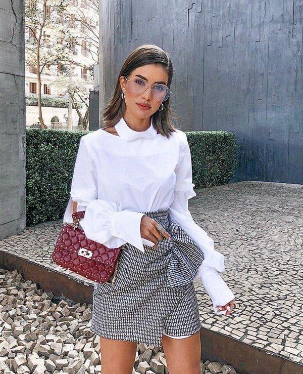 красива бяла блуза