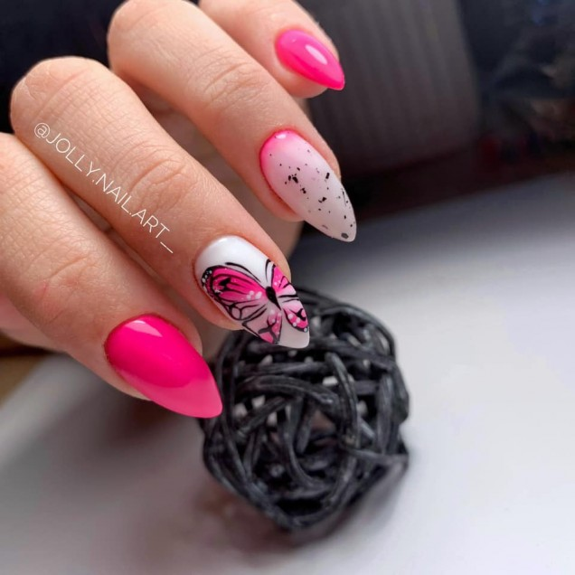 розов с пеперудки маникюр.jpg