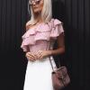 модерна блуза с волани