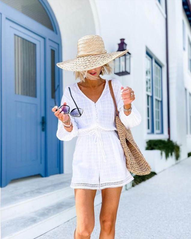 лятна бяла рокля