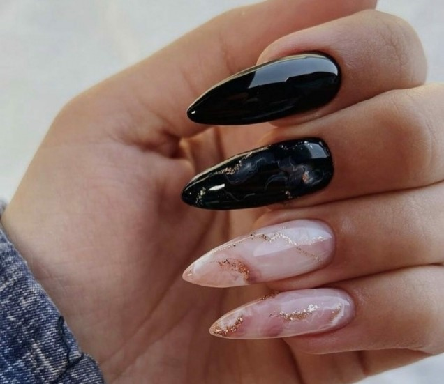 Професионални лакове за нокти