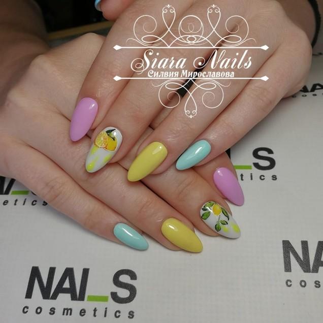 шарени нокти