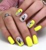 Маникюр в жълто и сиво
