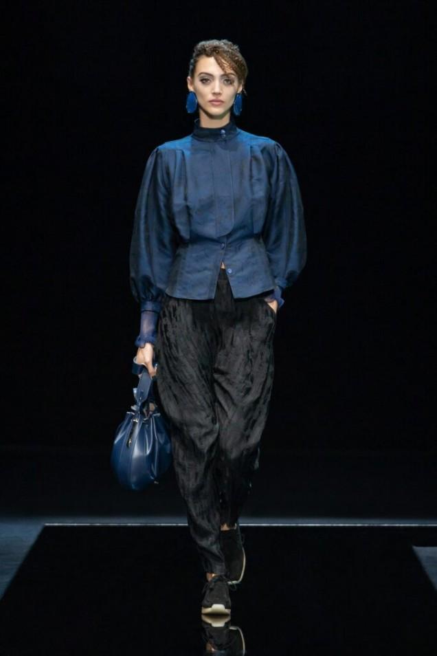 модерна блуза с буфан ръкав