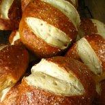 Пухкави хлебчета