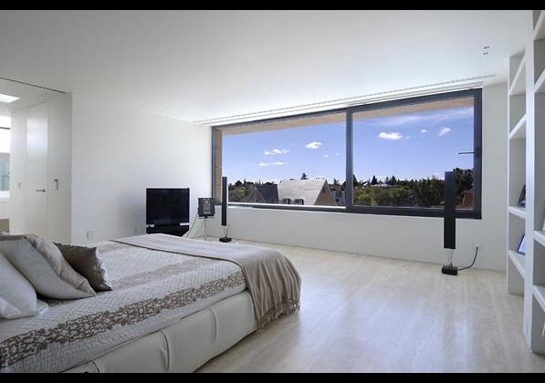 модерна спалня със семпъл дизайн
